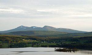 Häggsjövik med vy mot Ansätten. Foto © Johanna Arnsäter.